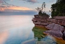 The Chequamegon Bay Area: Hidden Gem of Wisconsin / An often overlooked area of Wisconsin is the far northern end of the state. I grew up in Washburn and I love visiting the area during every season to have fun on Lake Superior and to eat the local produce (because every trip is mostly about eating, right?). To help with your next trip to Northern Wisconsin (in and around the cities of Washburn, Bayfield, and Ashland), here are some of my favorite places to visit & things to do.