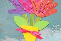Spring Activities & Crafts / Celebrate and learn about Spring with these Activities and Crafts for toddlers and early learners (Preschool, Kindergarten) with a Spring Theme!