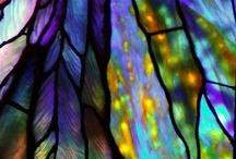 vetri, vetrate e riflessi multicolori / il vetro in tutte le sue forme mi ha sempre affascinato.....amo i riflessi poliedrici che il vetro produce.....