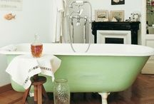 bath/powderroom / by Livvey Rurup III