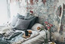 Aged Beauty / Whether painted, plastered, papered or naturally aged, these interiors tell a story all their own.