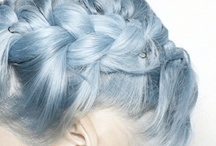 Hair & beauty / by Sinja Bloeme