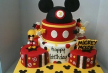 birthday cakes  / by Dianne Camarillo