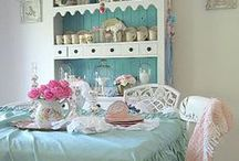 ♥ Beautiful Home Decor / Beautiful home decorating ideas, mostly shabby chic and cottage style with a little color thrown in. / by Rebecca Jayne