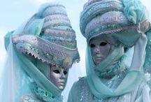 Carnavals du monde / A partir de l'épiphanie (le 6 janvier) et jusqu'au Mardi Gras (dont la date varie d'une année sur l'autre entre février et mars), des manifestations se déroulent un peu partout dans le monde où l'on voit des énergumènes déguisés, maquillés, montés sur des chars admirablement décorés, faire une fête à tout casser dans les rues des villes, grandes ou petites. > http://le-mag.lastminute.com/guides/carnaval/