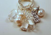fun jewelery / by Sandy Carter