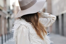 come and go like fashion / by Anna Caldas