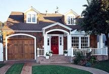 favorite houses / by frieda 's favorites