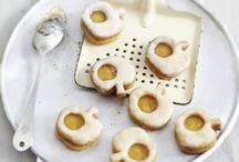 favorite cookies / by frieda 's favorites