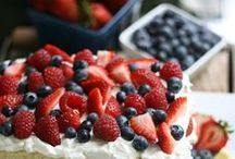 4th of July / You'll love these fun 4th of July recipes and red, white, and blue crafts!