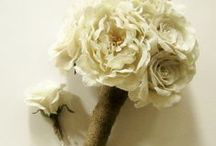 Burlap Wedding Decorations and Bouquets / Handmade wedding bouquet by experienced florist