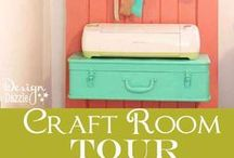 Craft space goodness ✿ / Ideas and inspiration for studios, craft rooms and crafting nooks & corners . . .