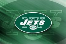 Gifts for New York Jets Fans / Score a touchdown with New York Jets fans of all ages with gifts and baskets filled with officially licensed merchandise