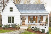 exterior home inspiration / Inspiration for the exterior of the farmhouse or cottage home.
