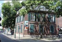 Hetjens Museum Dusseldorf / pottery and porcelain at the Hetjens Museum in Dusseldorf Germany Landeshauptstadt Düsseldorf - Hetjens-Museum http://www.duesseldorf.de/hetjens/eng/index.shtml / by Jorge Gonzalez