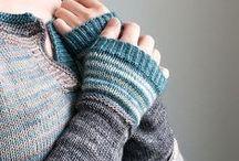Knitting: Fingerless Gloves