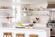 decor//kitchen / by Leah Gaeddert   {lavender & clover}