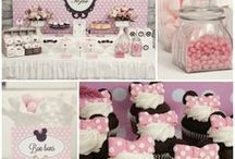 Mickey & Minnie Mouse Party Ideas and Supplies / Who doesn't love Mickey and Minnie! Check out my etsy shop with lots of great Mickey and Minnie inspired items that are perfect for your next party :) https://www.etsy.com/your/shops/MousePartyHouse