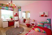 Aika leikkiä / Lapsettaako? Täältä vinkkejä iloisiin ja värikkäisiin tai rauhallisiin ja tunnelmallisiin lastenhuoneisiin.