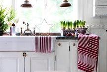 HOME : Kitchen