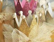 Princess Party / Oh, the princess party. I wish I could throw one yearly. | princess party | princess party ideas | princess party invitation | princess party printables | princess party dessert table | princess party favors | princess party cookies | the party teacher | birthday party | birthday party ideas for girls