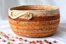 Thanksgiving Decor and Autumn Gifts / Lovely Autumn decor for your Thanksgiving Holiday!