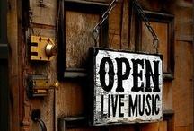 Open Shops / by Evelyn Wisniewski
