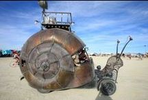 Les vehicules mutants de burning man..