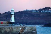 Cornish Lighthouses / www.carbisbayholidays.co.uk