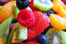 Food/Recipes / by Kimberly Sibbald