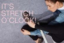 STRETCH DENIM - IT'S STRETCH O'CLOCK / Time to test the new premium stretch jeans! You could never guess by looking at them, but they do have superpowers: not only do they stretch up to forty percent, they get extremely flexible when it comes to styling as well. Curious to try them out? We give you a perfect denim workout plan to stay in shape in the office.