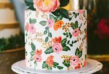 Wedding Cakery / Wedding cake... loved by everyone! Glitter, sugar flowers, fondant, stripes. Not just yummy, but also a great way to personalize your wedding.