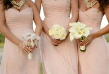 Gold/Blush/Champagne Wedding Inspo / Gold, blush & champagne... one of the top color combinations right now for weddings! Here are our picks for adding just the perfect touch of sparkle.