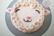 Cake/Cookie Decorating / by Chelsea Fackrell