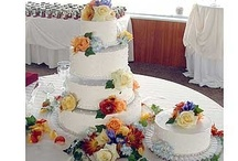 Wedding Cakes 3 / A large collection of wedding cake styles. A wide variety of colors, styles, shapes, and decor. Be sure to also check out the wedding cake photos in our Wedding Cakes 1 and Wedding Cakes 2 boards. #wedding #bridal #shower #anniversary #vow #renewal #party #parties #event #special #events #weddings #cakes #cake