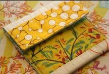 Pouches, Purses & Bags / Sewing inspiration, tutorials and pattern links for a variety of pouches, purses, bags & accessories. / by Kristy Smith / Hopeful Threads
