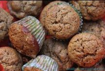 Cupcakes & Muffins / by Adele Lewis