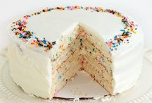 Cakes & Pies / by Katlynne Ogburn
