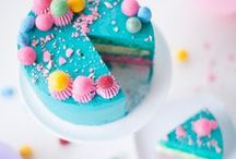 desserts // baked goods / Cakes, cookies, pies, cobblers...drooling yet? :P