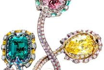 JEWELRY / I wish i could shop all these whimsical pieces to sell at a store  / by UNIVERSE UNIVERSE