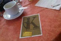 """Kalker Kaffee / Materialiensammlung für http://www.kalker-kaffee.de  """"Nur der Phantasielose erfindet. Den wahren Künstler erkennt man am Gebrauch, den er von seinen Entlehnungen macht - und er entlehnt, wo immer er kann."""" (Oscar Wilde)"""