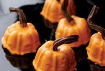 Halloween / Halloween party ideas, Halloween treats, autumn snacks, and more.