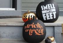 Spooksville / Halloween bits and bobs / by Leanne Delves