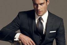 メンズ 黒スーツ 着こなし / メンズ必見 黒スーツの着こなし