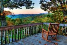 Tennessee Southern Living / Crossed by mountain-fed streams and nestled in the heart of the Great Smoky Mountains, Gatlinburg, a quaint, resort-like mountain village, boasts colorful panoramic vistas and beautiful scenery.