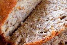 Food - breads / by Stephanie McKechnie