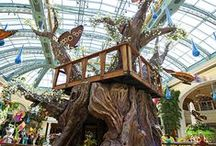 Interactive Sculpture / Here's a project we did with Daniels Wood Land, Inc. in the spring of 2014. We created and transported and 30' tree that was constructed to be come apart and be put back together seasonally. It was displayed in the Atrium/Conservatory and Botanical Gardens as a part of the Las Vegas Bellagio Casino's Spring Celebration. The tree turned out wonderfully and was such a great experience for our team.