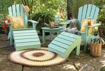 Backyard Summer Oasis / by Jennifer Bromley