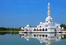 Mosques / World #Mosques. #Masjid #Jamek