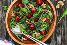 Salad Recipes / Food: Saladify Your Day with A SALAD - yummy salad recipes that you can are at home and that taste amazing! From kale salad to fruit salad and picnic salads, homemade dressings, tips for creating salads for any cuisine